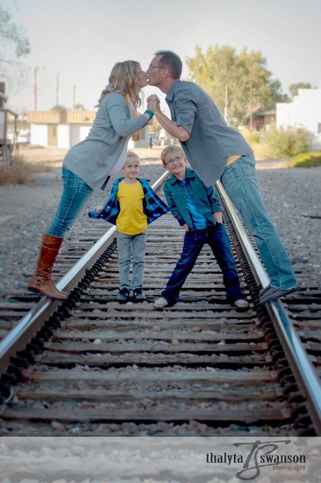 Fort Collins Photographer - Family Photo Session (4)