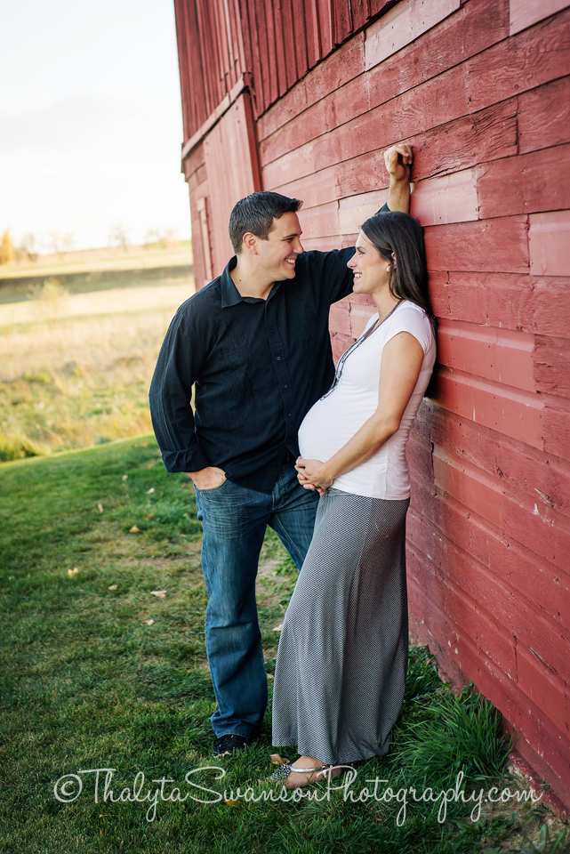 Maternity Photos - Fort Collins Photographer (9)