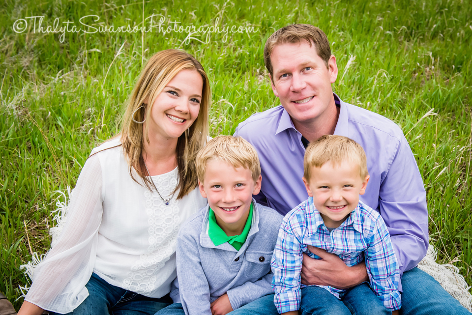 Gaines Family Mini Session - Fort Collins Family Photographer (7)