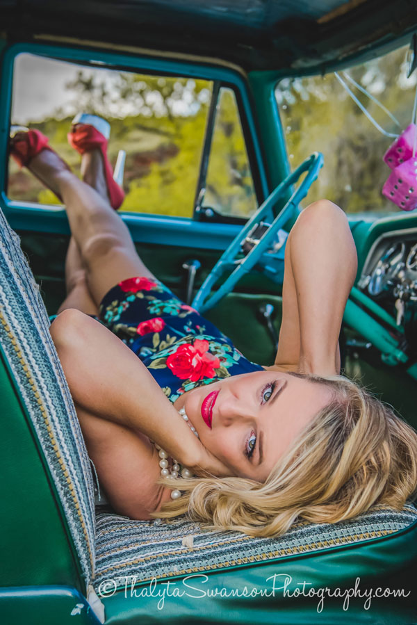 Pin-Up Photo Session - Thalyta Swanson Photography (13)