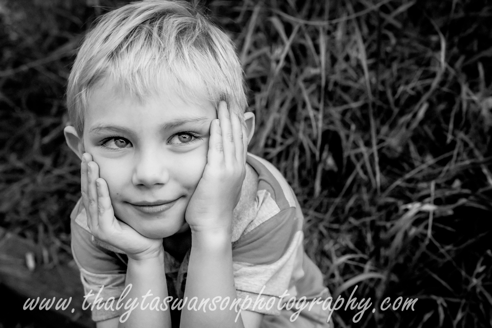 Thalyta Swanson Photography - Outdoor Famiy Photo Session (19)