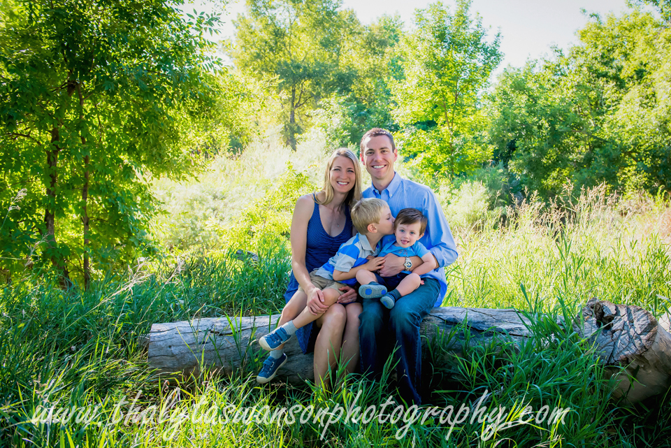Thalyta Swanson Photography - Outdoor Famiy Photo Session (21)