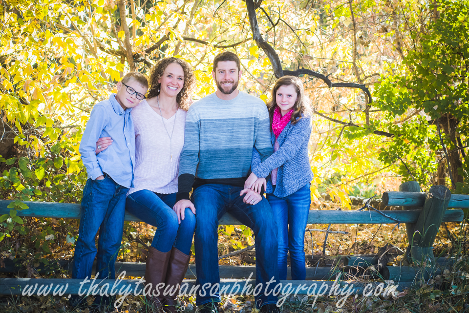 Fall Family Mini Session - Thalyta Swanson Photography (1)
