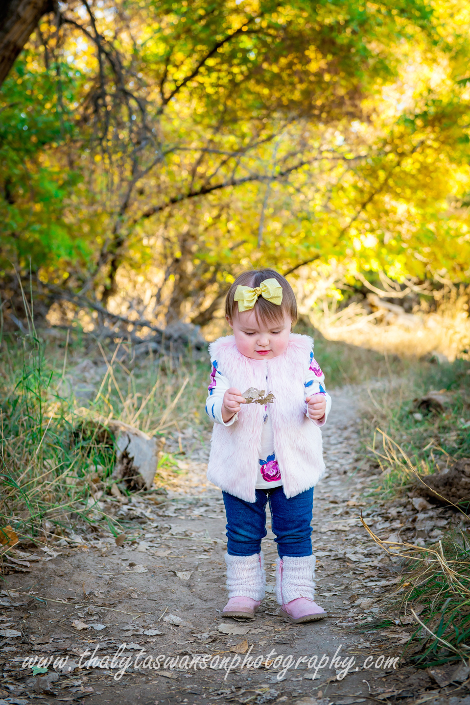 Adorable Fall Session - Thalyta Swanson Photography (21)