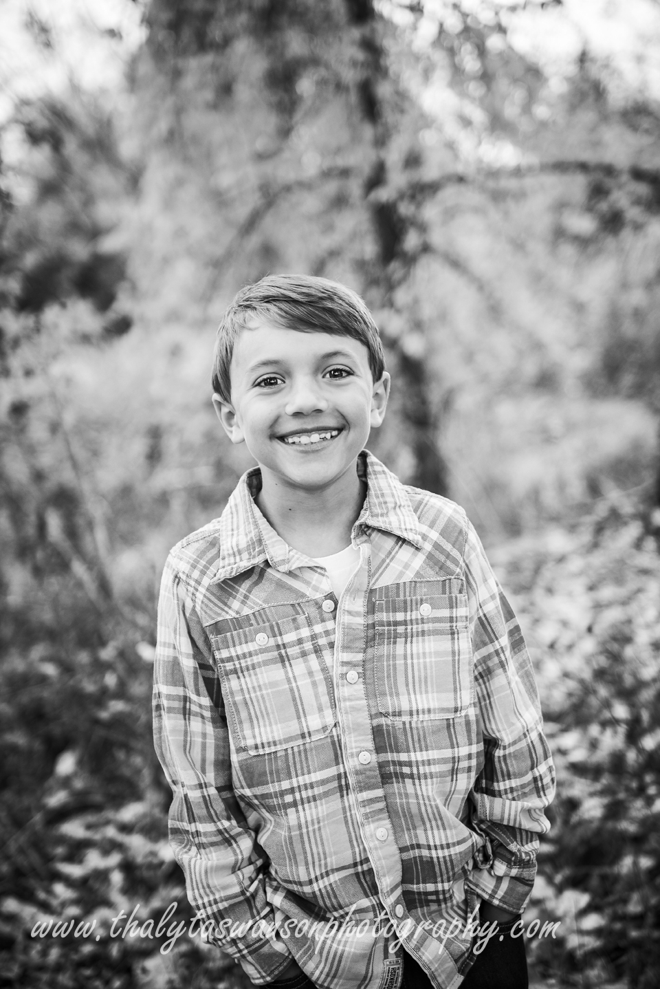 Mom and Son Fall Session - Thalyta Swanson Photography (1)