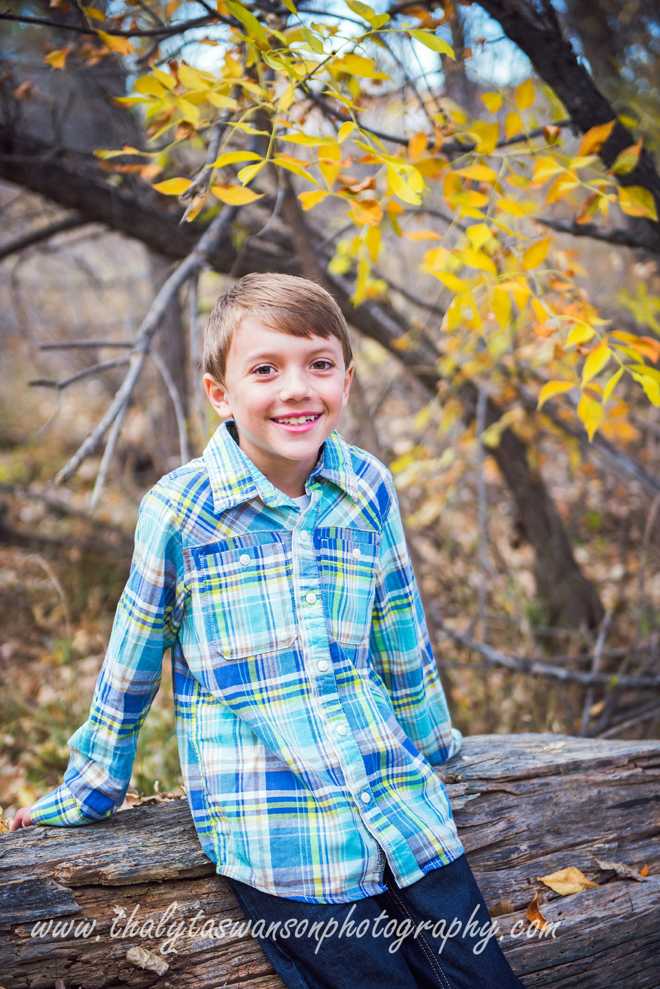 Mom and Son Fall Session - Thalyta Swanson Photography (2)