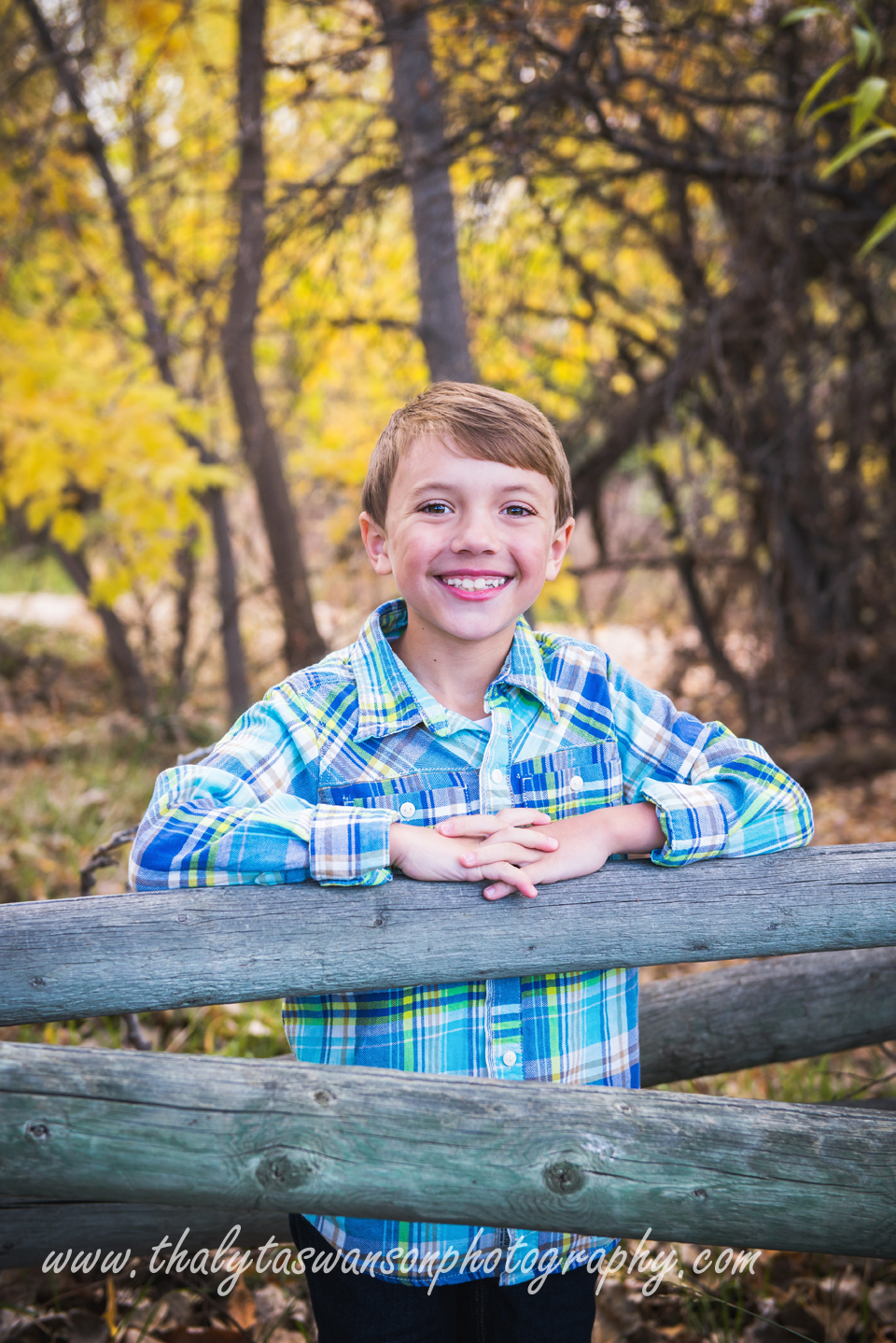 Mom and Son Fall Session - Thalyta Swanson Photography (4)