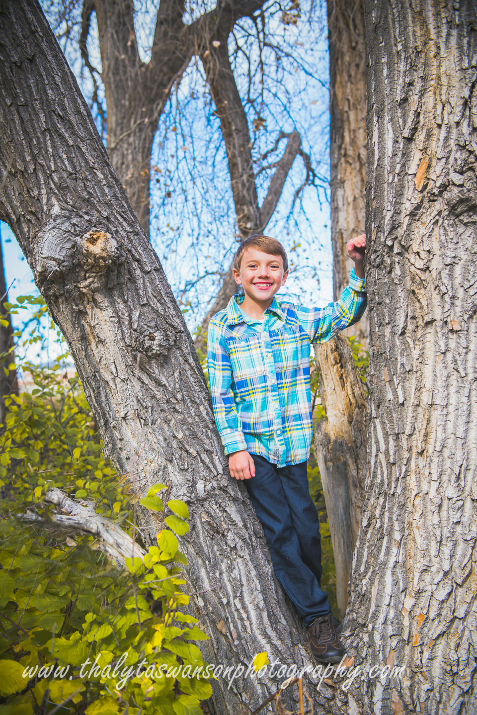 Mom and Son Fall Session - Thalyta Swanson Photography (8)