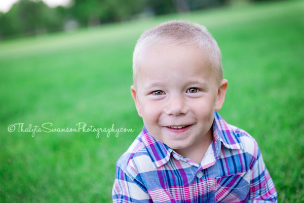 Thalyta Swanson Photography - Family Photo Session - Rolland Moore Park (6)