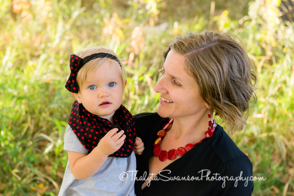 fun-fall-family-session-fort-collins-photographer-thalyta-swanson-photography-7