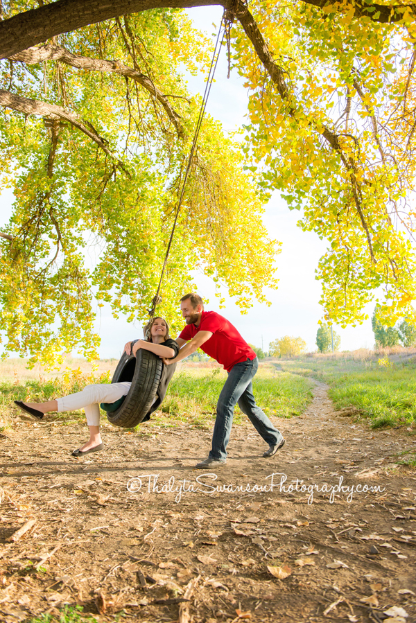 fun-fall-family-session-fort-collins-photographer-thalyta-swanson-photography-9