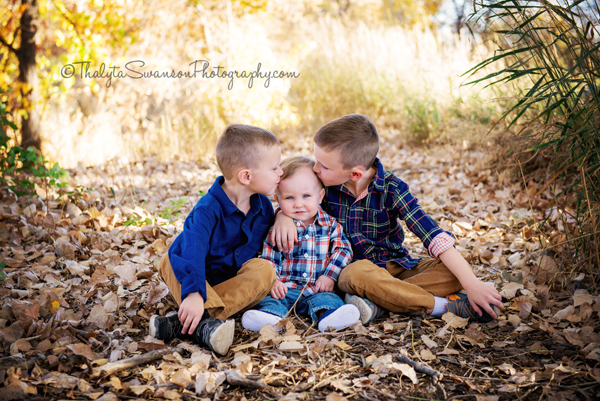 fall-family-mini-session-fort-collins-photographer-thalyta-swanson-photography-3